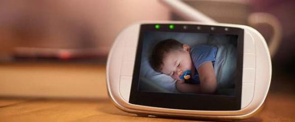 Best 5 Long Range Baby Monitors with Video & Audio – Distance Problem Resolved!