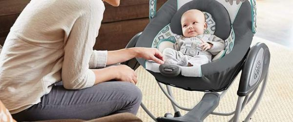 4 Best Baby Swings for Small Compact Spaces [Updated 2020]